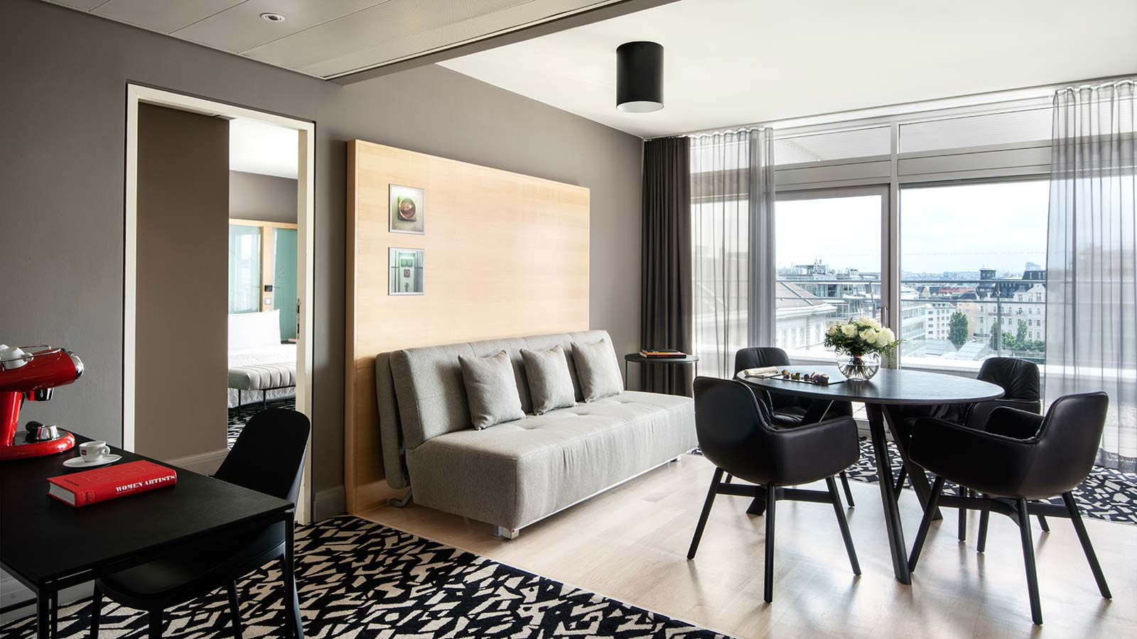 Le Méridien Vienna - Suites in Vienna - Rooftop Terrace Suite - Spacious living room