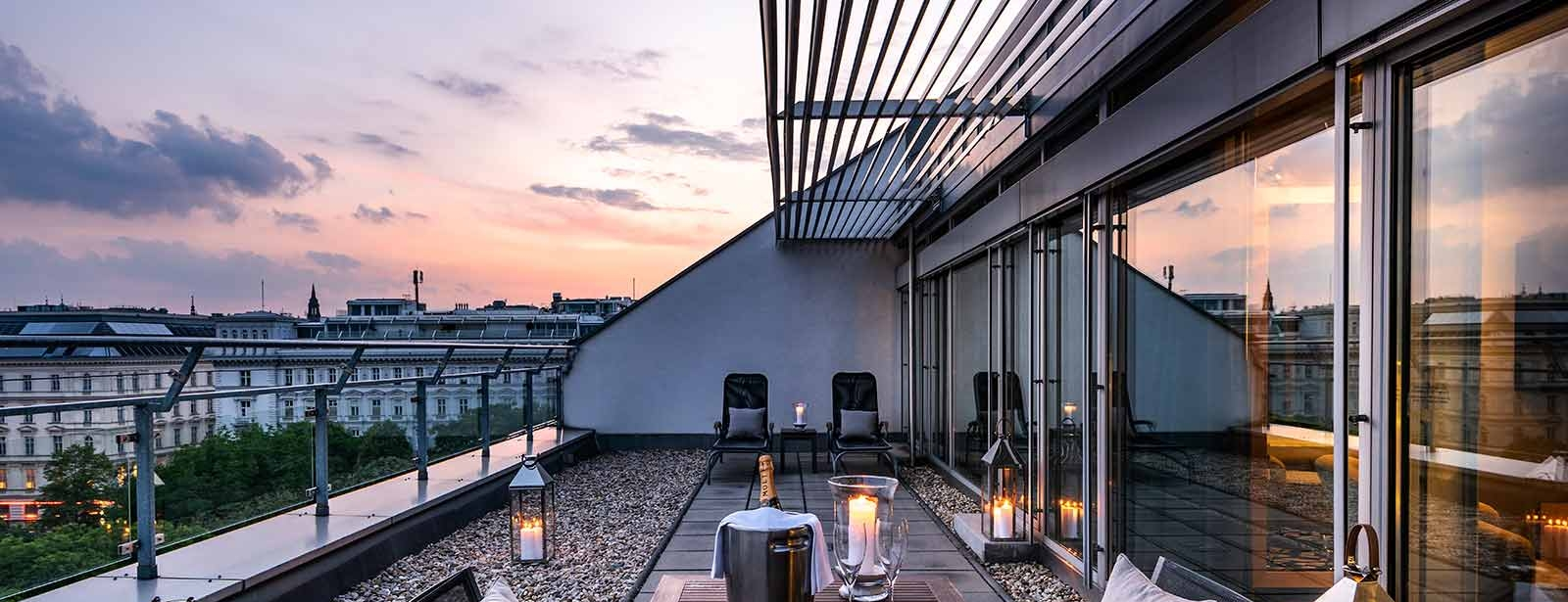 Le Méridien Vienna - Suites in Vienna - Rooftop Terrace Suite by night can be used for private dinners